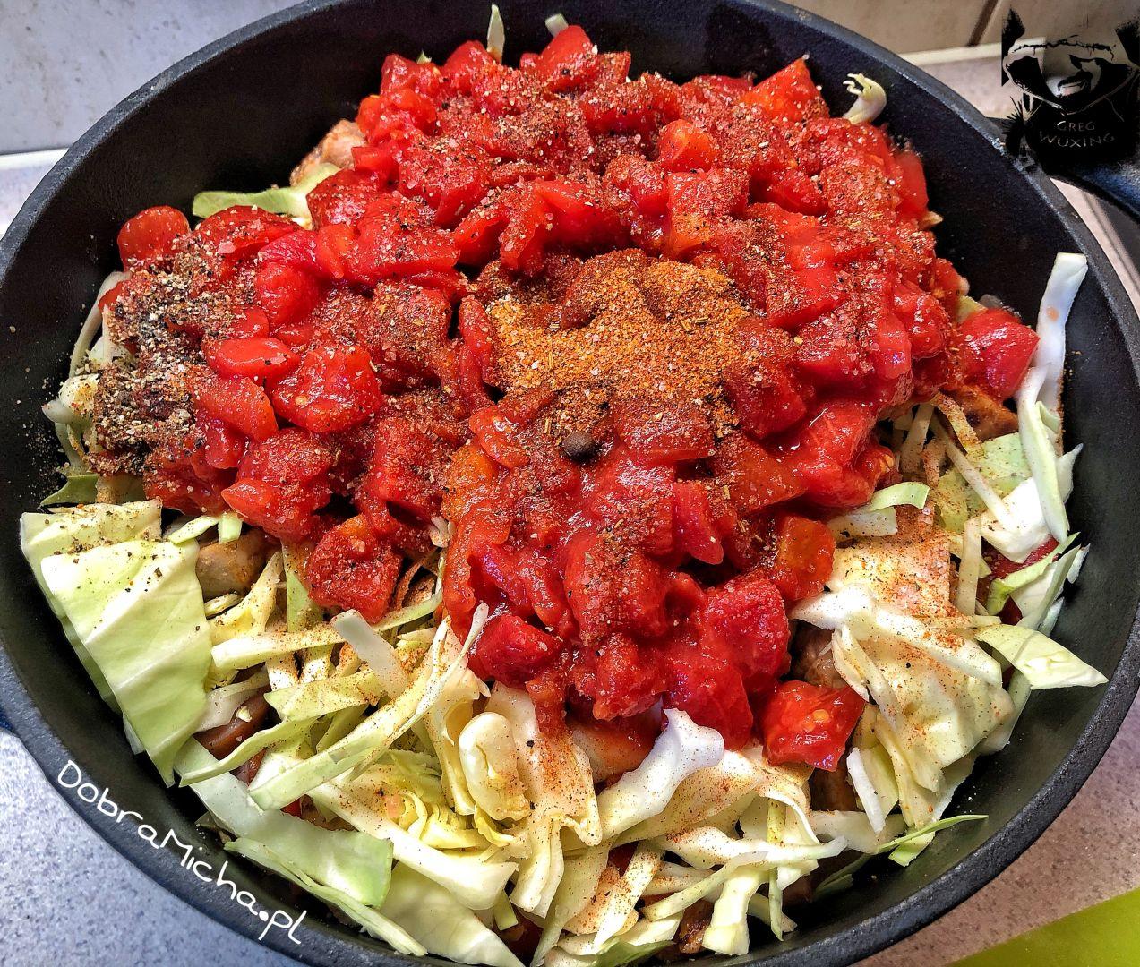 Warstwa pomidorów wChłopskim Garnku